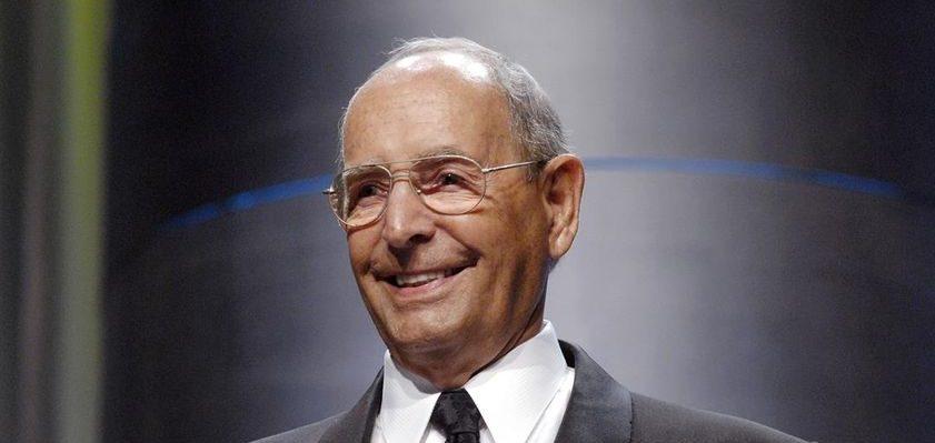 Amway co-founder Richard DeVos dies at 92